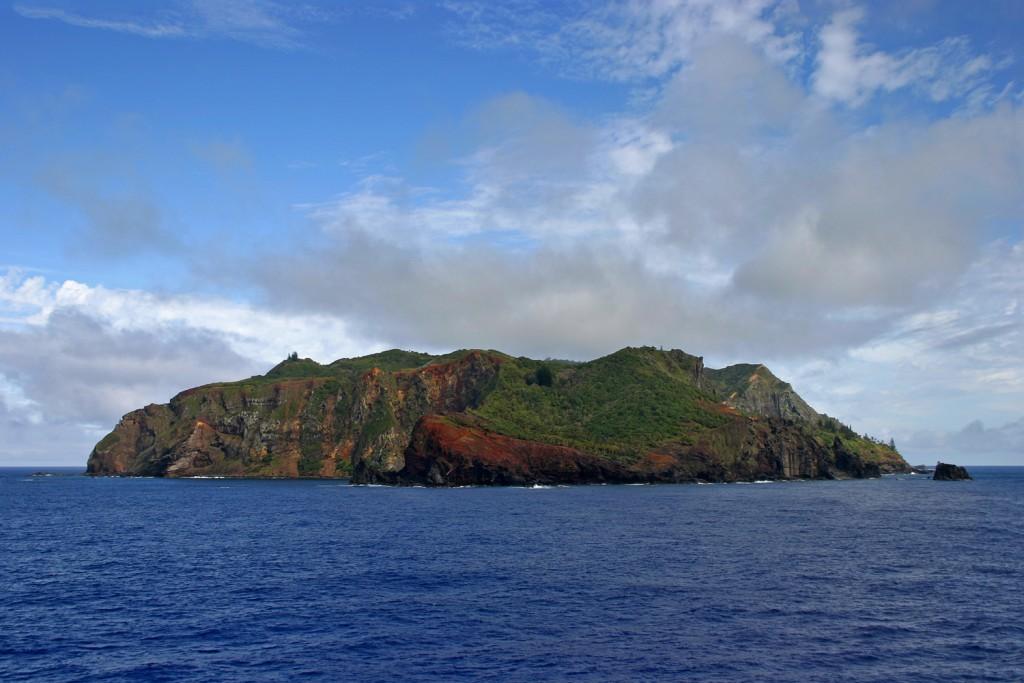 Coconut Club Vacations Explores 2 Amazing Islands in Britain